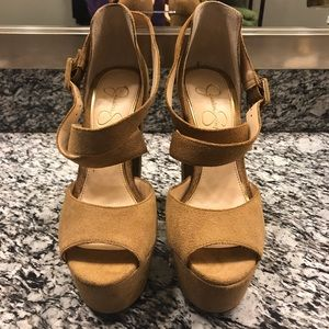 JESSICA SIMPSON Derian Platform Heel Sandal
